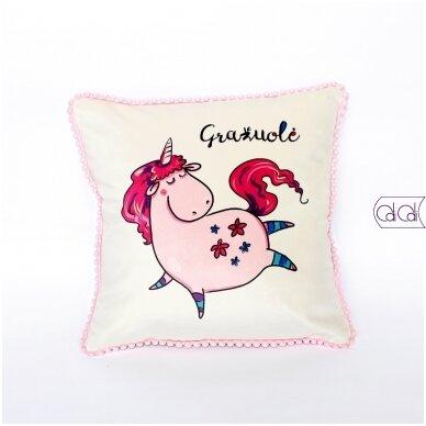 """Dekoratyvinė pagalvėlė """"Gražuolė"""""""