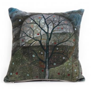 """Dekoratyvinė pagalvėlė """"Medis"""""""