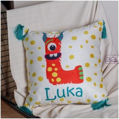 """Dekoratyvinė pagalvėlė """"Monstriukas Lialia"""" 2"""