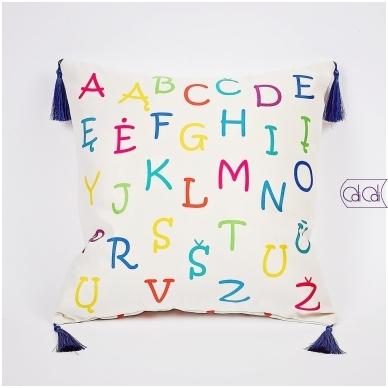 """Dekoratyvinė pagalvėlė """"Monstriukas Momo"""" 2"""