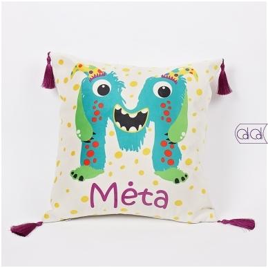 """Dekoratyvinė pagalvėlė """"Monstriukas Momo"""""""