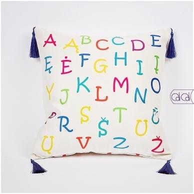 """Dekoratyvinė pagalvėlė """"Monstriukas Solia"""" 2"""
