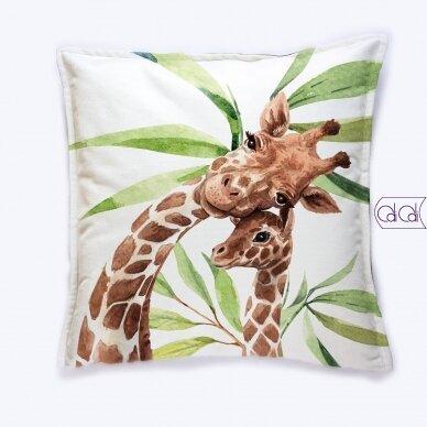 """Dekoratyvinė pagalvėlė """"Žirafos"""""""