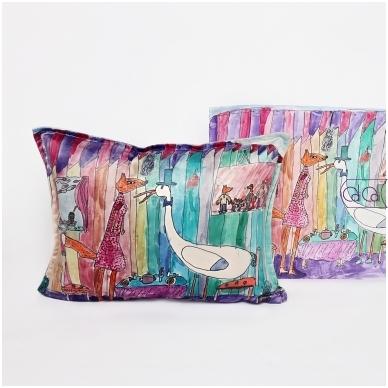 Personalizuota, pailga pagalvėlė su vaikų piešiniais