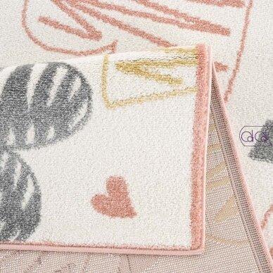 """Stačiakampis kilimas vaikų kambariui """"Širdutės"""" 2"""