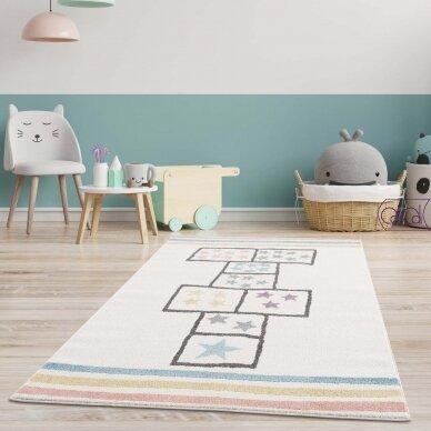 """Stačiakampis kilimas vaikų kambariui """"Žaidžiame klases"""""""