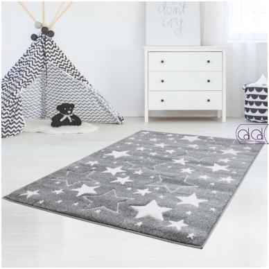 """Stačiakampis kilimas vaikų kambariui """"Pilkos žvaigždutės"""""""